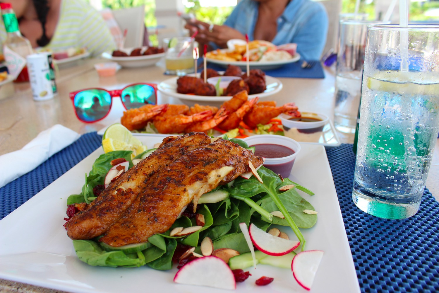 seaside cafe providenciales